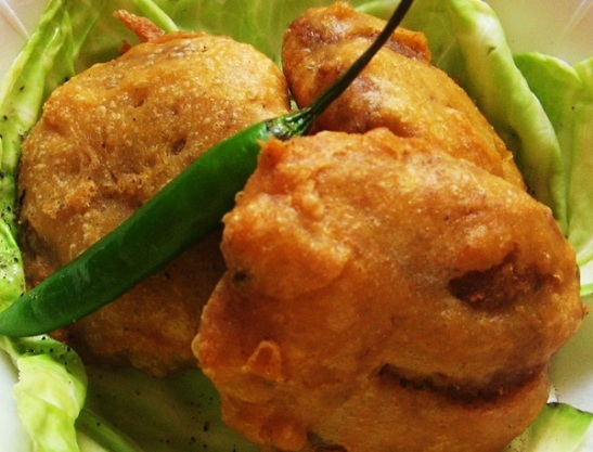 monsoon food culture of India, Bengali cuisine, alu chops