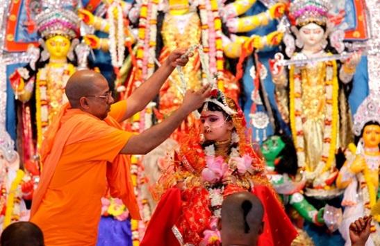 Kumar puja during durga puja, details of durga puja, cheap flights to India