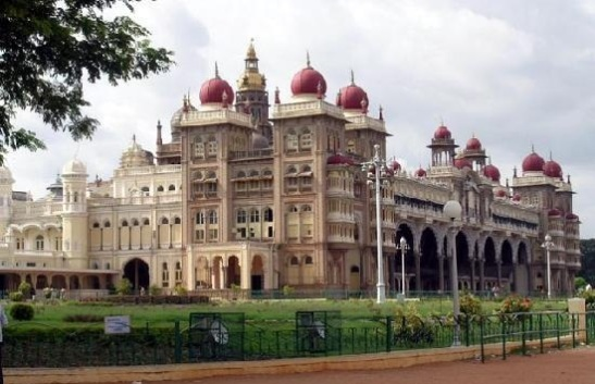 cheap flights to India, what to see in Mysore, weekend getaways from Bangalore