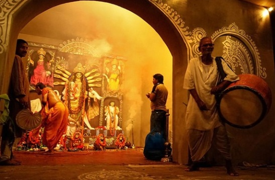 durga puja festival in kolkata, durga puja in USA, cheap flights to India