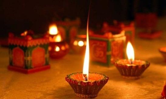 Best diwali diya designs, diwali in USA, cheap flights to India