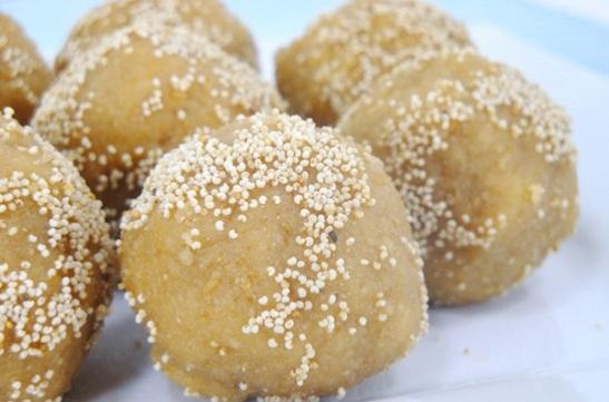 Churma ke laddu, Indian sweets, Indian festival sweets