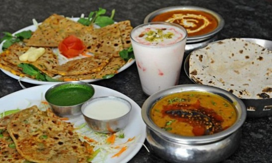 what to eat in Amritsar, parathas with lassi in Punjab, wishlist travel 2014