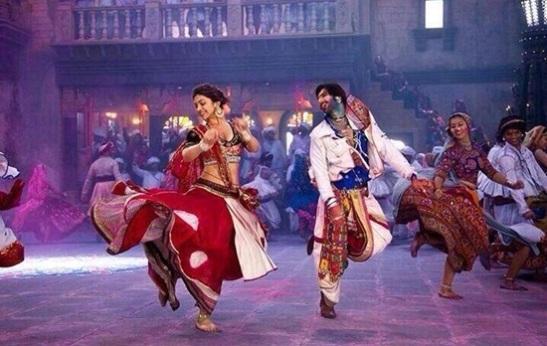 How Gujarati celebrate holi, best places for holi festival in India