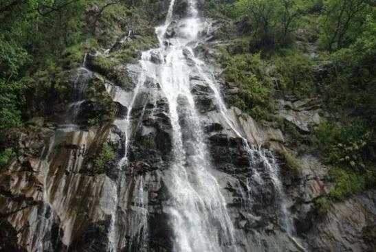 waterfalls in Pachmarhi, madhya pradesh tourist guide, Pachmarhi tourist attractions,