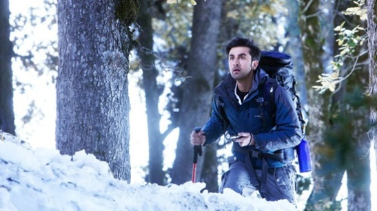 Bollywood shooting locations,  best indian summer destinations, yeh jawani hai deewani shooting in manali, india travel, cheapest flights to India