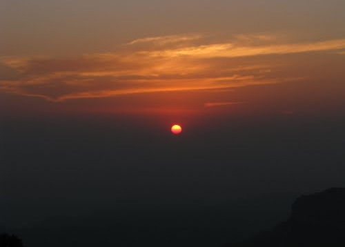 highest point in pachmarhi, tourist attractions of madhya pradesh, Indian Eagle travel blog