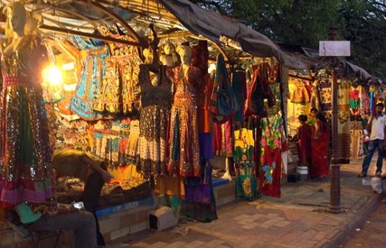 night market in Ahmedabad, gujarat handicraft textile market