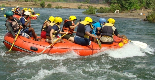 river rafting in Kashmir, adventure activities to do in Kashmir