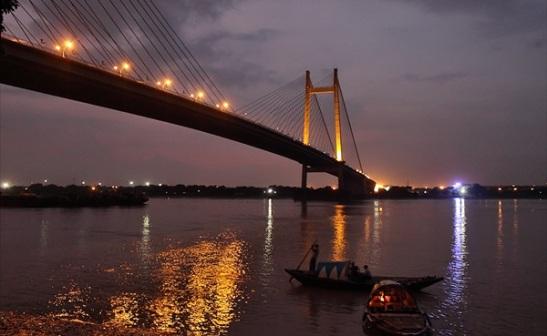 kolkata travel stories, kolkata during monsoon, cheap flights to kolkata